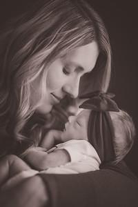 Leigh & Becca's Newborn-0003