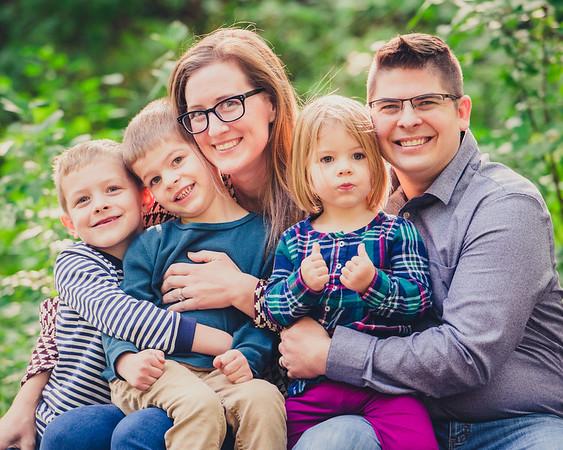 Lindemann Family Portraits-0002