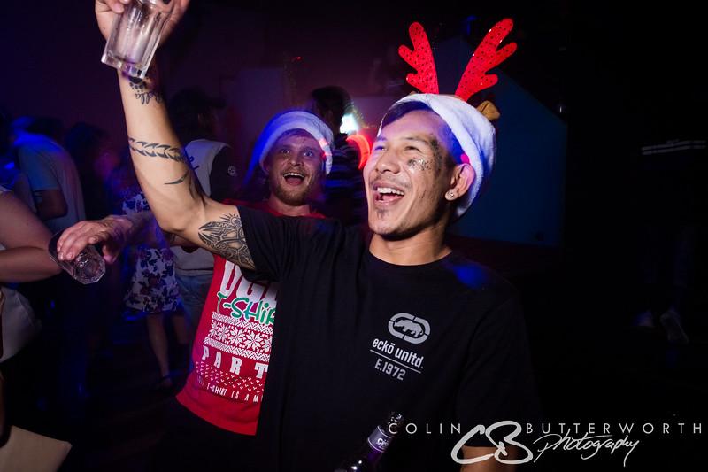 Lonnies Dec 23 - CBPhoto Full-38