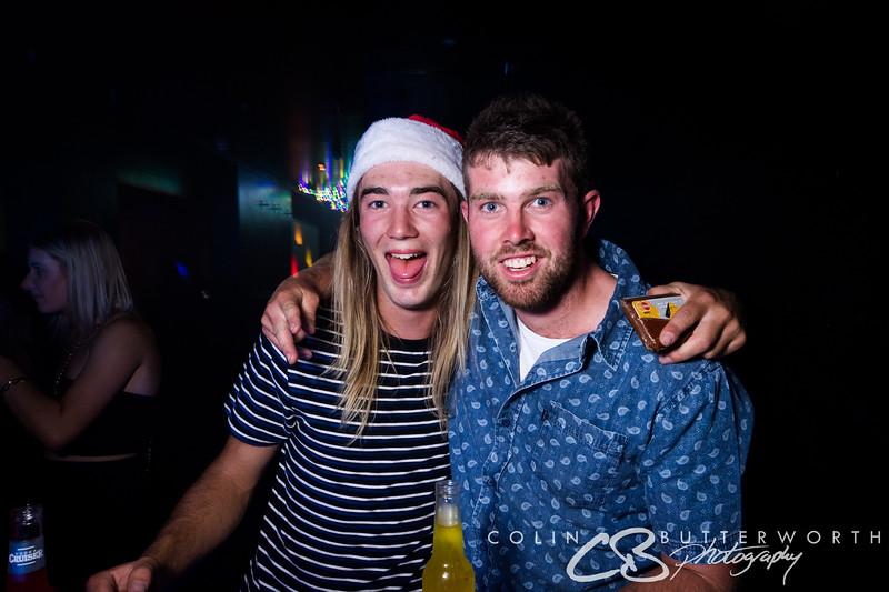 Lonnies Dec 23 - CBPhoto Full-13