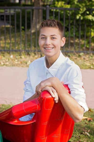 Mason Stavalone_Senior Portraits_October-2015_11