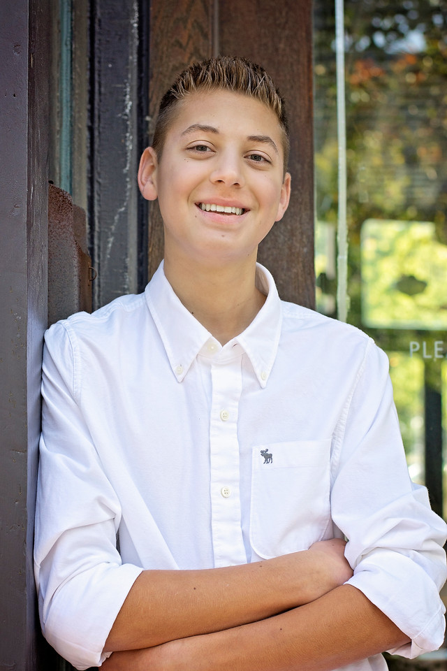 Mason Stavalone_Senior Portraits_October-2015_16