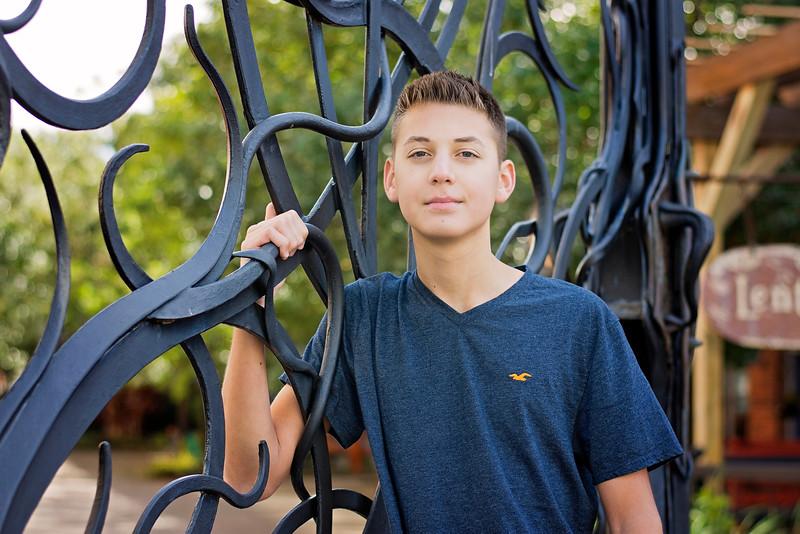 Mason Stavalone_Senior Portraits_October-2015_70