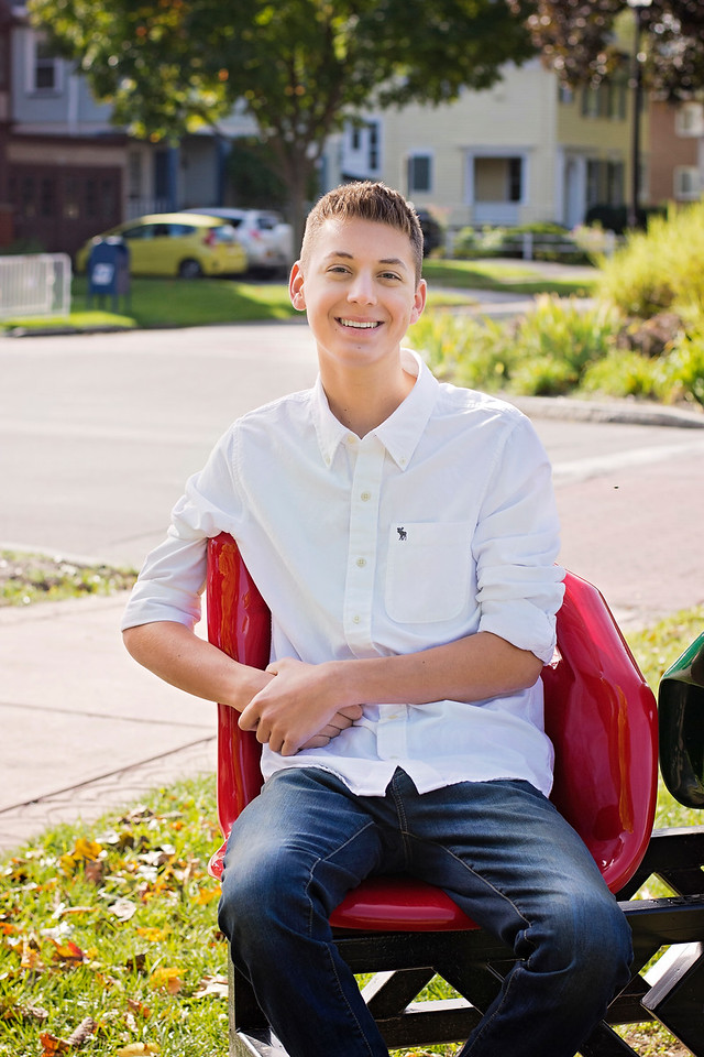 Mason Stavalone_Senior Portraits_October-2015_108
