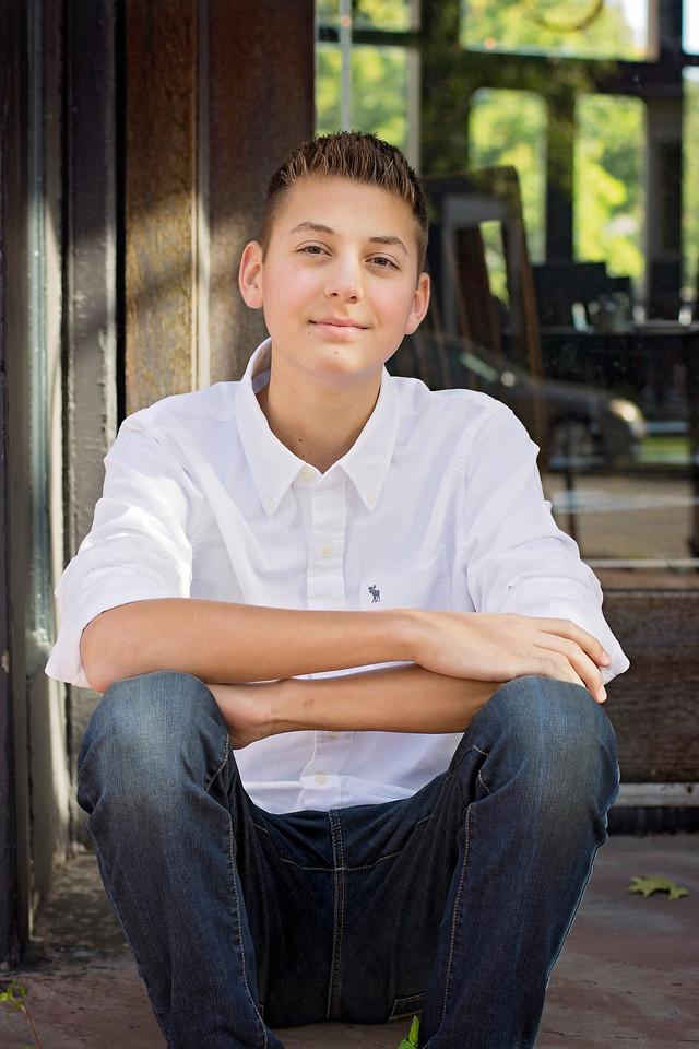 Mason Stavalone_Senior Portraits_October-2015_32