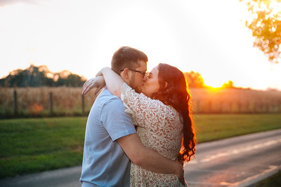 Mikayla & Lance's engagement photography at Waveland in Lexington, KY 9.25.16.  © 2016 Love & Lenses Photography/ Becky Flanery   www.loveandlenses.photography