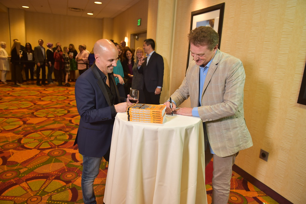 01 17PP D3 Book Signing 1453