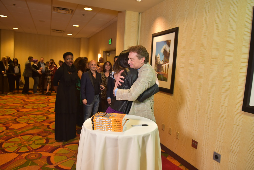 01 17PP D3 Book Signing 1431