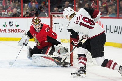 NHL 2017:  Coyotes vs Senators  NOV 18