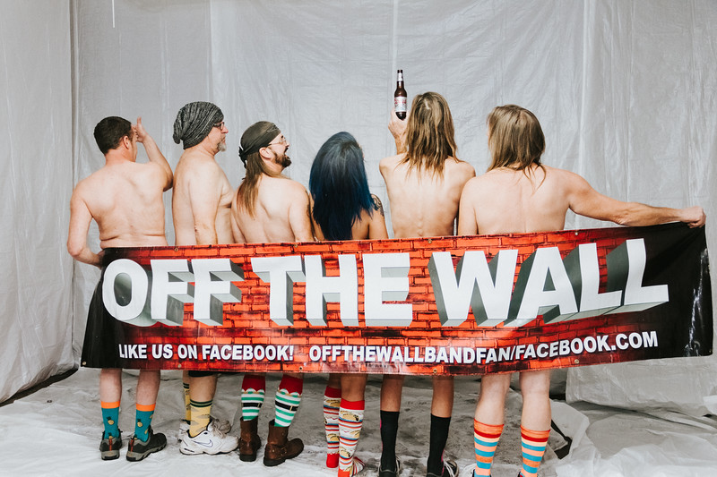Off the Wall-201
