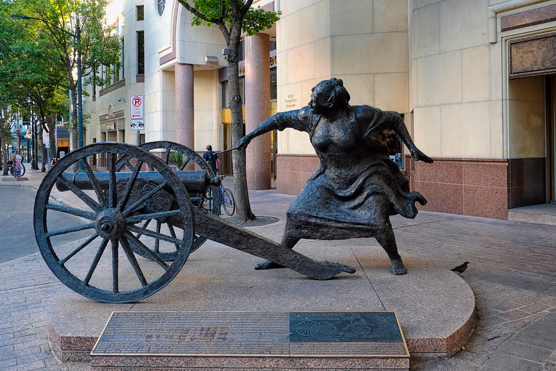 Angelina Eberly statue