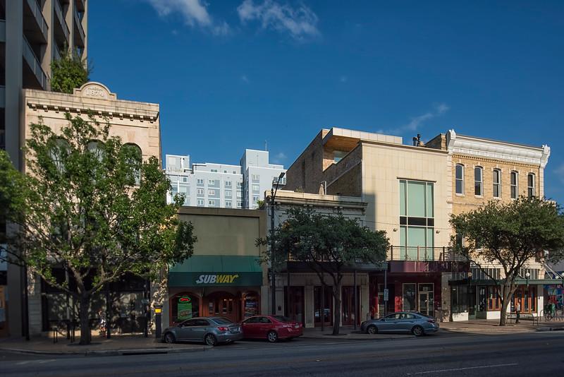 Bremond Building (800 block Congress)