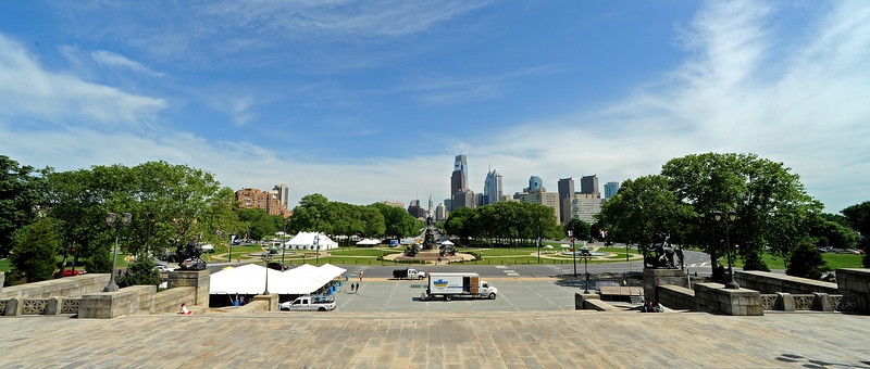 Philadelphia skyline from Philadelphia Art Museum steps<br /> Ben Franklin Pkwy<br /> Philadelphia<br /> 7 May 2010
