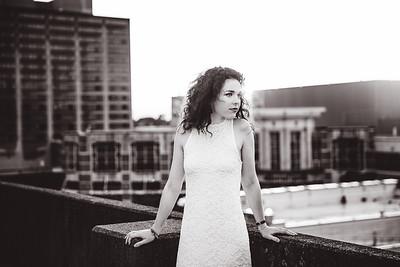 Pheobe's Senior Portrait photography in Downtown Lexington, KY.