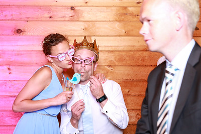 2017-6-2-Brian and Delphine-Wedding-Photobooth-Shenandoah Woods-21