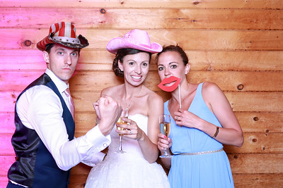 2017-6-2-Brian and Delphine-Wedding-Photobooth-Shenandoah Woods-2