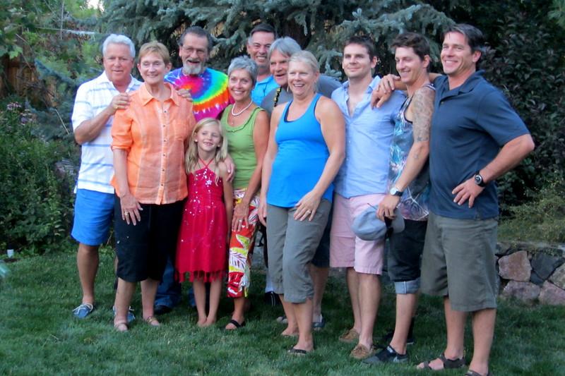 Tom & Sue, Ralph, Ava (in front) Irene, ? Sandy, Sue, Fano, Tino, Matt