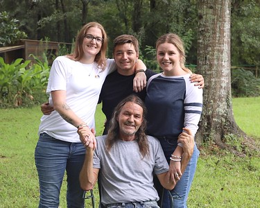 Ruiz Family 018