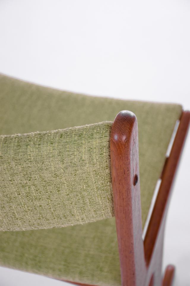 master U chairs-11