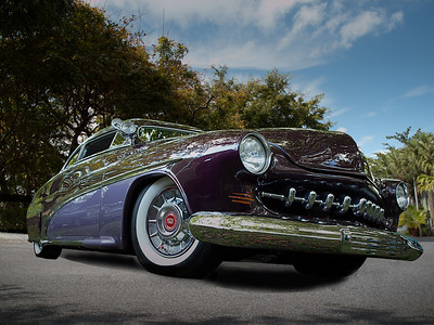 1951MercuryPurple2Tone2013_RightFrontLow002