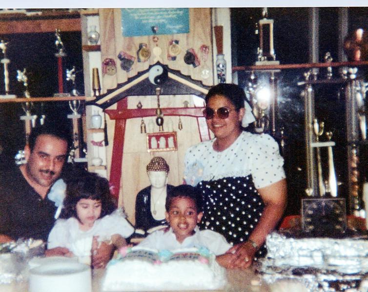 Raquel Family Album_0122_a