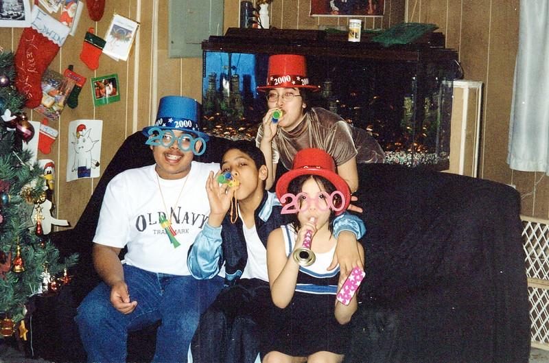 Raquel Family Album_0291_a
