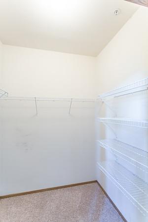 Closet_4079