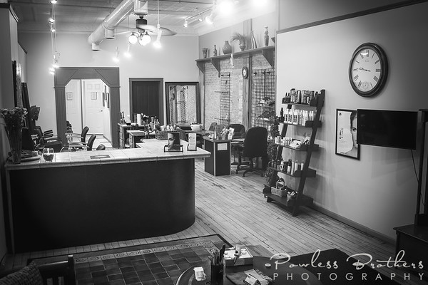 Salon_B&W2