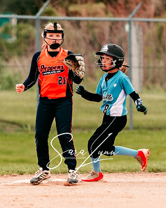 Lakeville 10U Lightning vs Farmington Frenzy-16