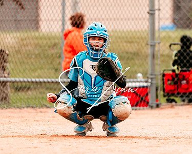 Lakeville 10U Lightning vs Farmington Frenzy-2