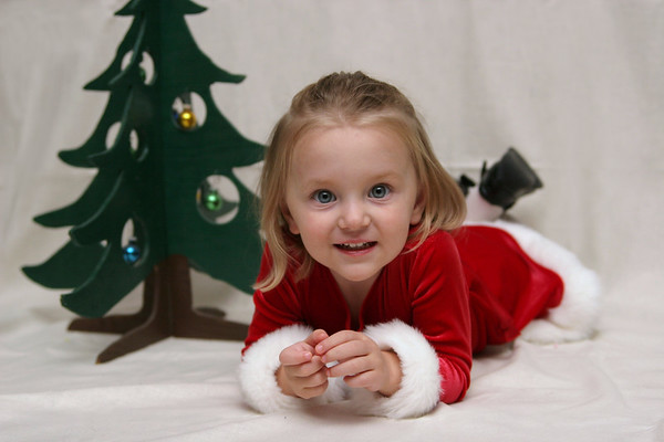 Kylee Christmas Pictures - November 4, 2007