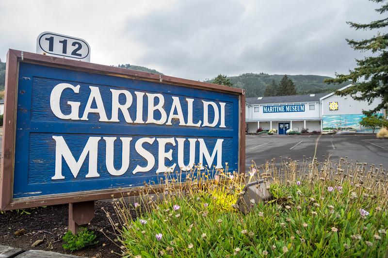Garibaldi-BrokenBanjo-019
