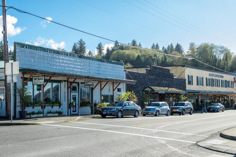 Wheeler Station Antiques in Wheeler, Oregon