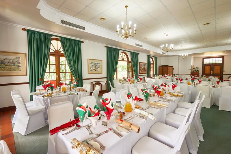 1712-15-002-Christmas Lunch-EvM