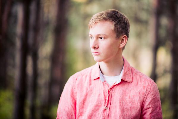 Tristan Suojanen's Senior Portraits-0009