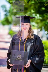 UpperIowaUn Graduation-2