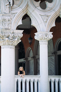 "Venetian Fashion Photoshoot in Las Vegas, NV.<br /> <br /> Model: Melody Olander<br /> <br /> © 2016 Rebecca Flanery | Photography<br /> <br />  <a href=""http://www.loveandlenses.photography"">http://www.loveandlenses.photography</a>"