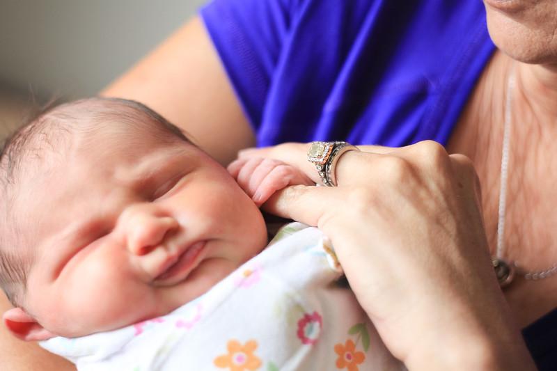 Vivi Newborn-10