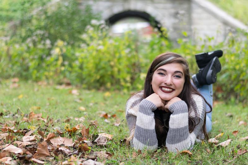 Wynonna Senior Pics-7