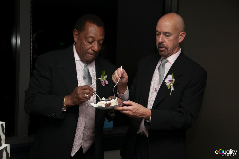 Michael_Ron_7 Cake & Toasts_016_0487