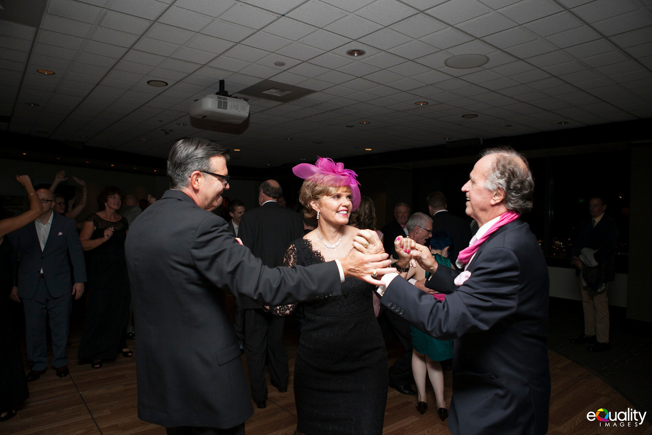 Michael_Ron_8 Dancing & Party_129_0735