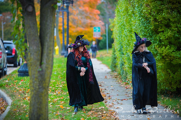 Witches on the Town-24