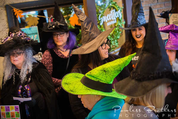 Witches on the Town-19