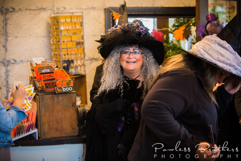 Witches on the Town-16