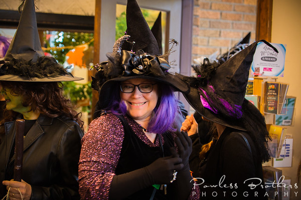 Witches on the Town-17