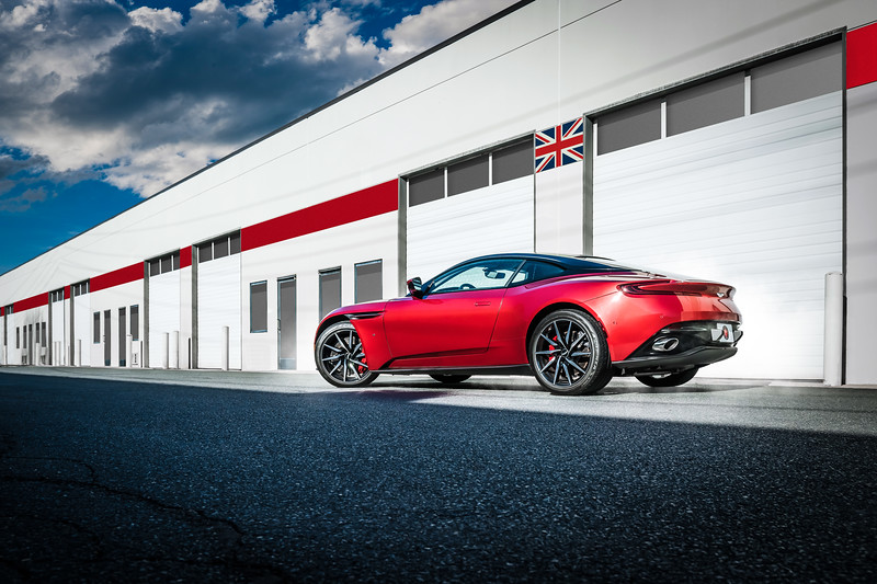 aston-martin-db11-red-6501-retouched