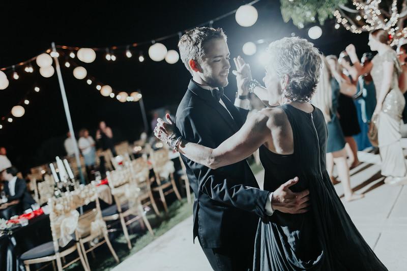 Hitzhusen Wedding Re-edit (393 of 403).jpg