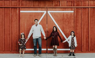 Pound-Family-8655