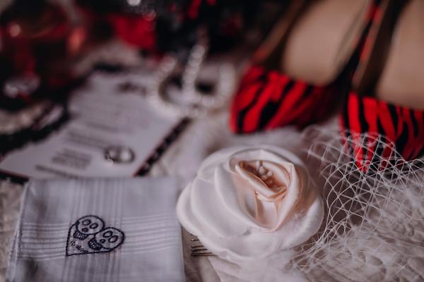 Montreal Wedding Photographer | Theatre Paradoxe | Saint-Henri | LMP wedding photography and video