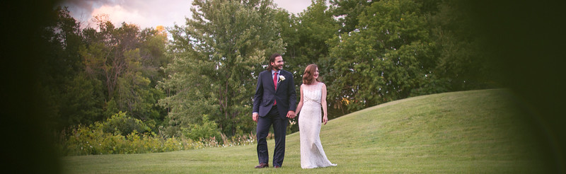 Montreal Wedding Photographer Videographer | Au Vieux Moulin | Rigaud | Lindsay Muciy Photography | 2016